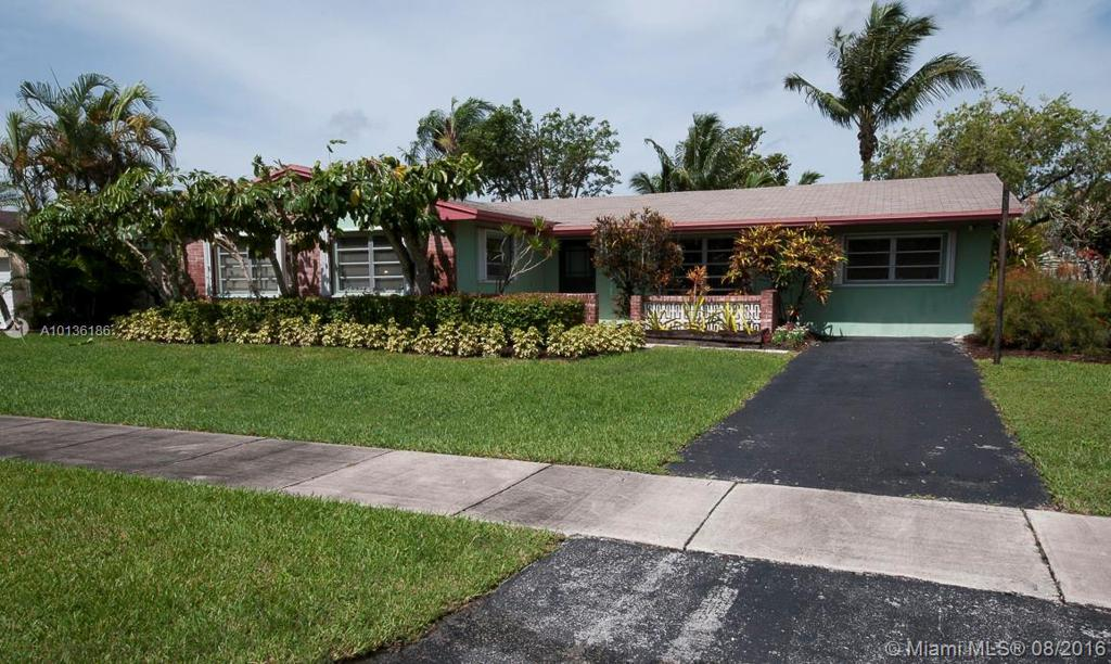 Photo of home for sale at 7942 146th Ave SW, Miami FL