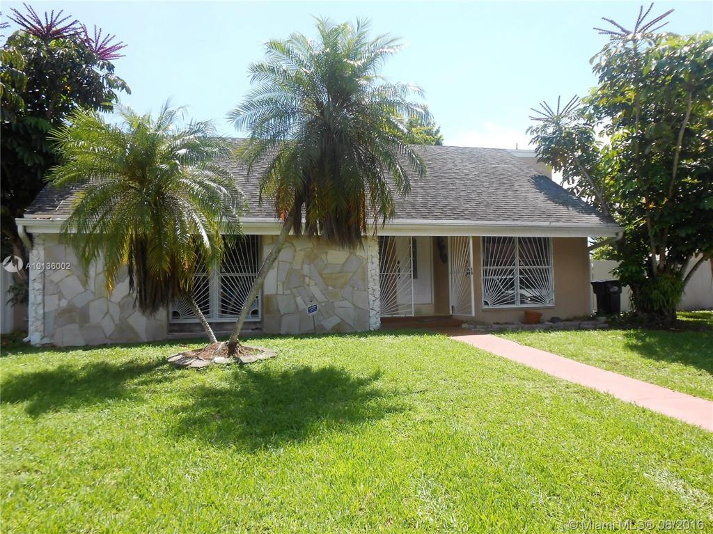Photo of home for sale at 20631 119th Ct SW, Miami FL