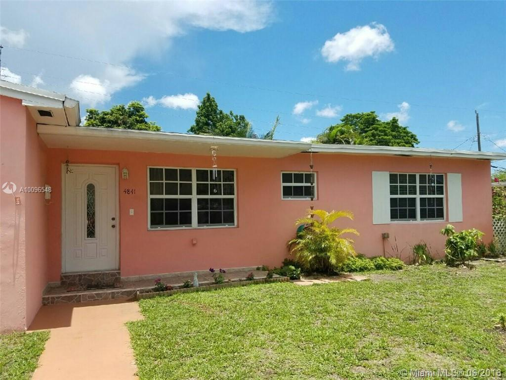 Photo of home for sale at 4841 7 ST SW, Coral Gables FL