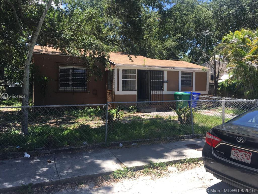 Photo of home for sale at 6500 1st Pl NW, Miami FL