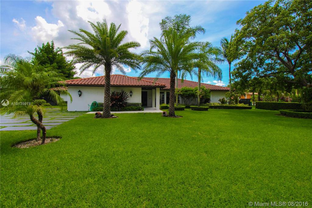Photo of home for sale at 6011 79th Ct SW, Miami FL