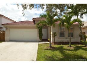 Property for sale at 14074 N Cypress Cove Cir, Davie,  Florida 33325