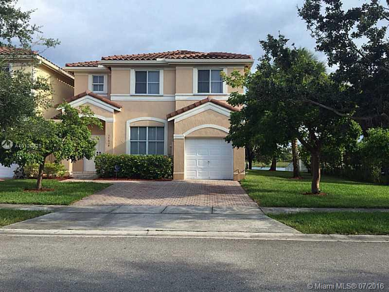 Photo of home for sale at 17034 39 CT SW, Miramar FL