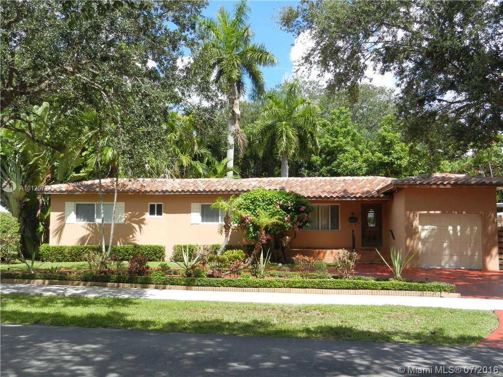 Photo of home for sale at 591 Hunting Lodge Dr, Miami Springs FL