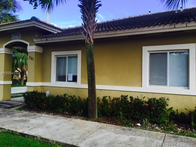 Photo of home for sale at 13276 Old Biscayne Dr, Homestead FL