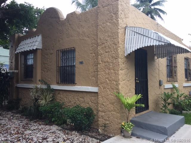 Photo of home for sale at 8220 1st Pl NE, Miami FL