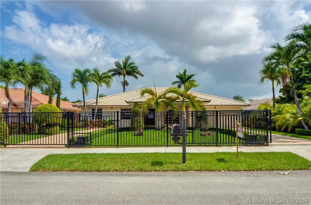 Photo of home for sale at 14307 19th Ter, Miami FL