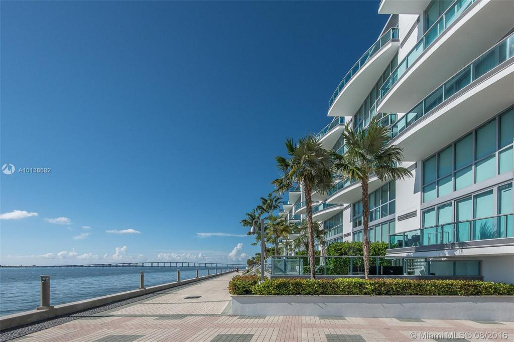 Photo of home for sale at 1331 Brickell Bay Dr, Miami FL