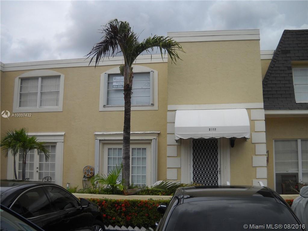 Photo of home for sale at 2407 9th St NE, Hallandale FL
