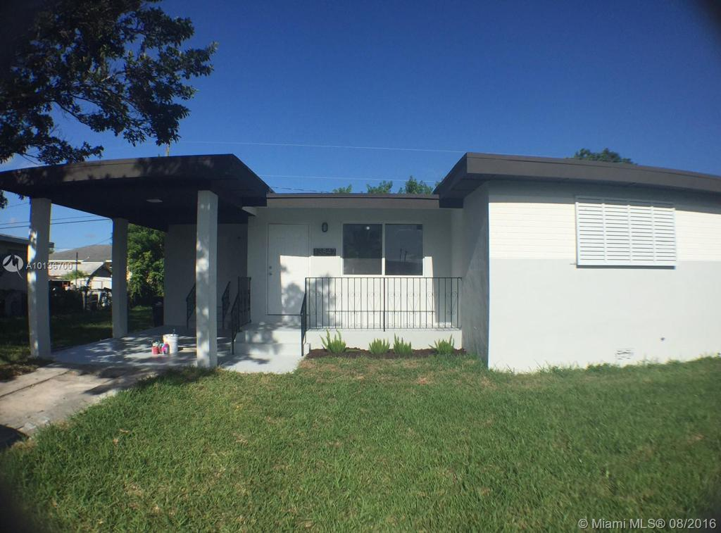 Photo of home for sale at 13847 Jackson St, Miami FL