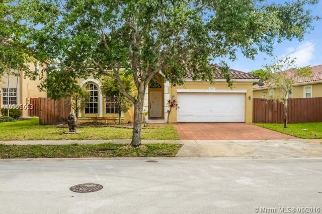 Photo of home for sale at 13902 52nd St SW, Miramar FL
