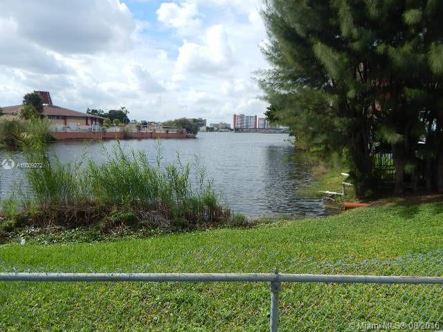 Photo of home for sale at 18710 18th Ave NE, Miami FL