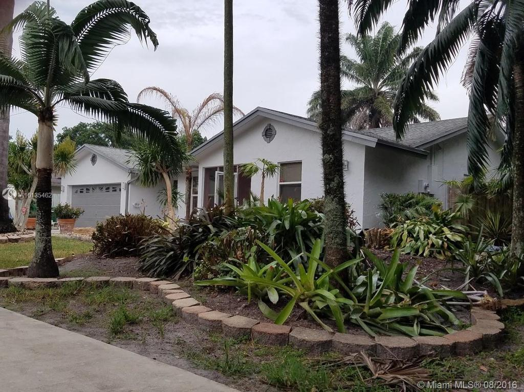 Photo of home for sale at 8350 28th St SW, Davie FL