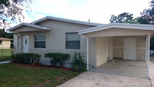 Photo of home for sale at 4240 26 ST SW, Hollywood FL