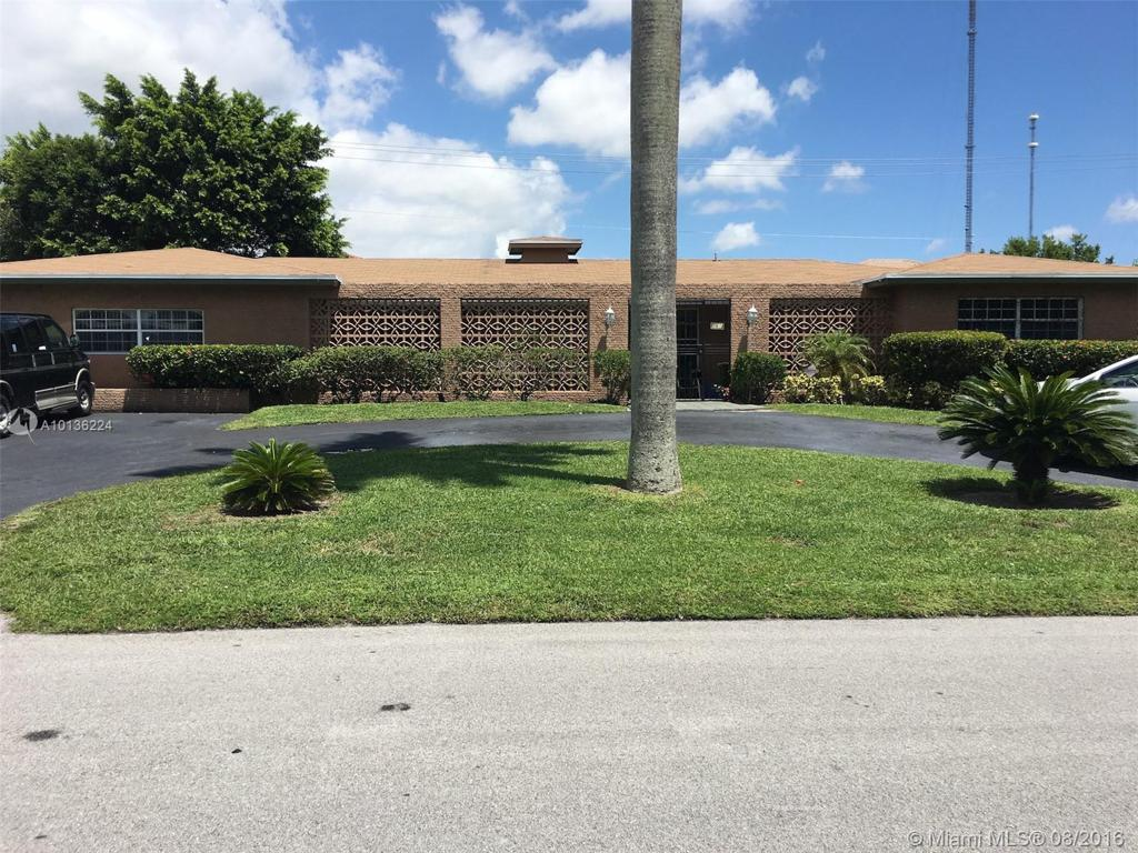 Photo of home for sale at 761 203rd St, Miami FL