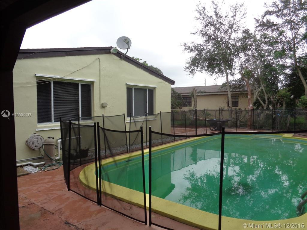 Photo of home for sale at 6880 Forrest, Hollywood FL