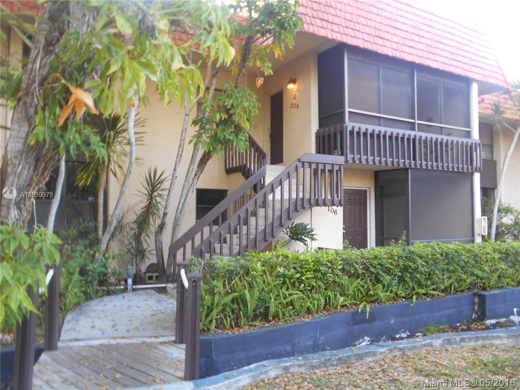 Photo of home for sale at 740 199th St NE, Miami FL