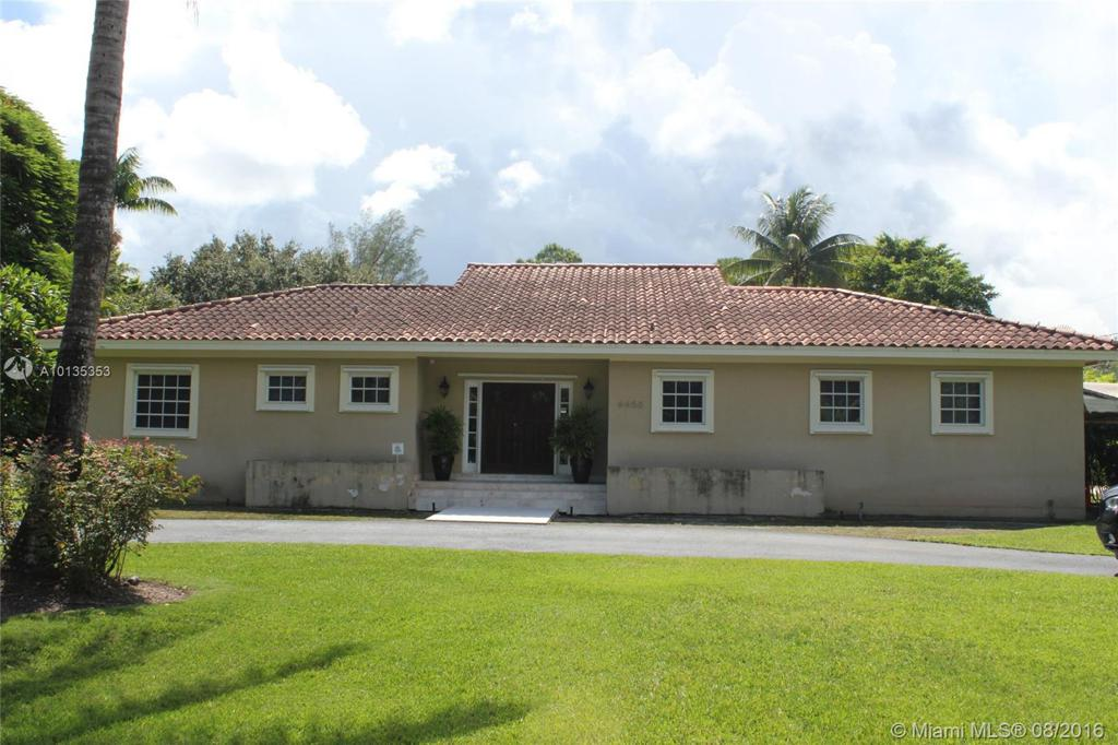 Photo of home for sale at 6650 84th Ave SW, Miami FL