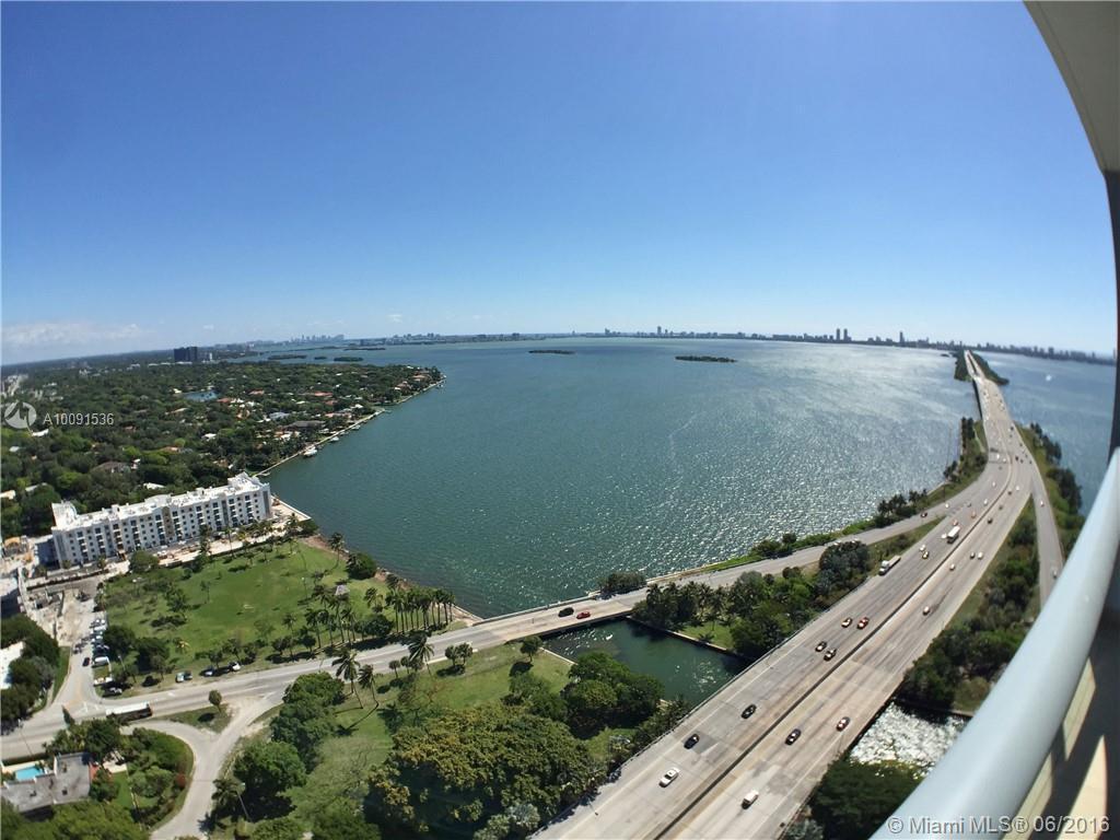 Photo of home for sale at 601 36 St NE, Miami FL