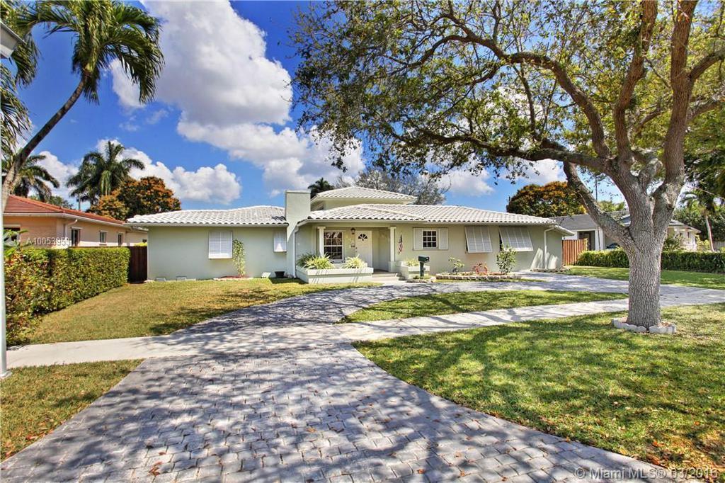 Photo of home for sale at 249 La Villa Dr, Miami Springs FL