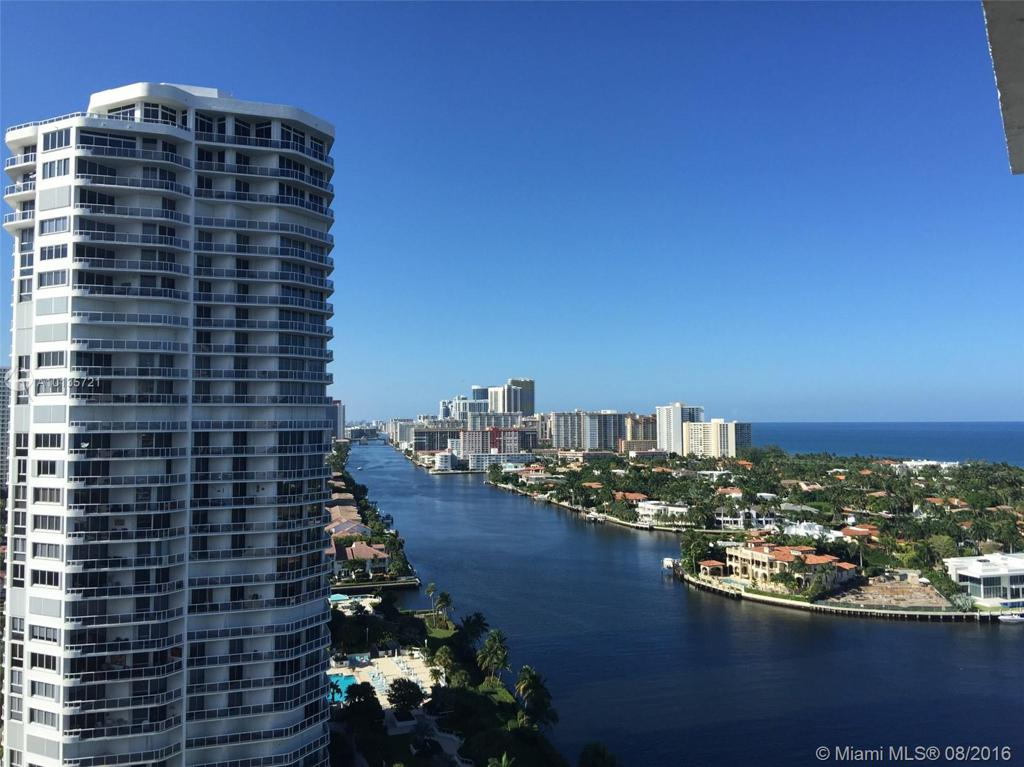 Photo of home for sale at 20515 Country Club Dr E, Aventura FL