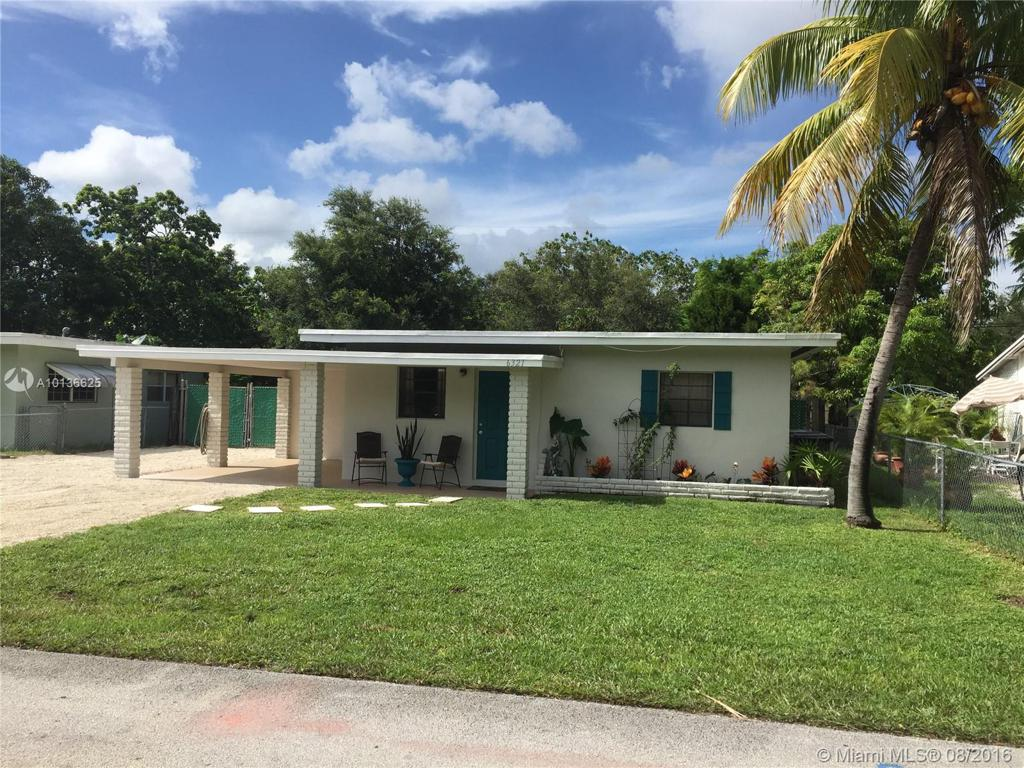 Photo of home for sale at 6321 Eaton Street, Hollywood FL