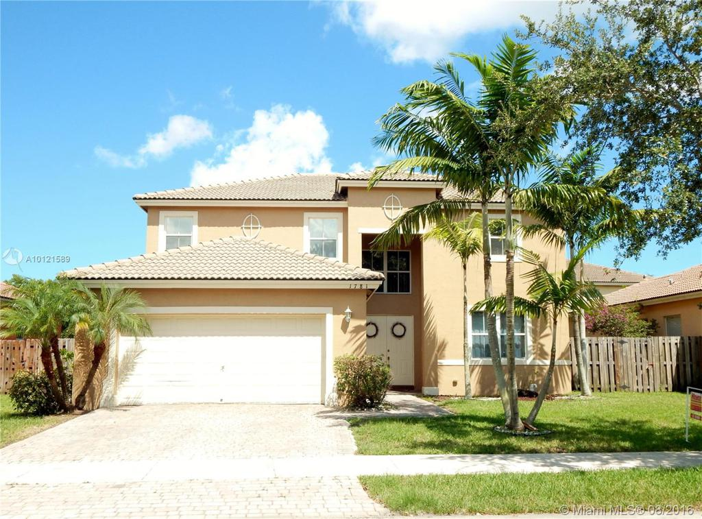 Photo of home for sale at 1781 19th Ave SE, Homestead FL