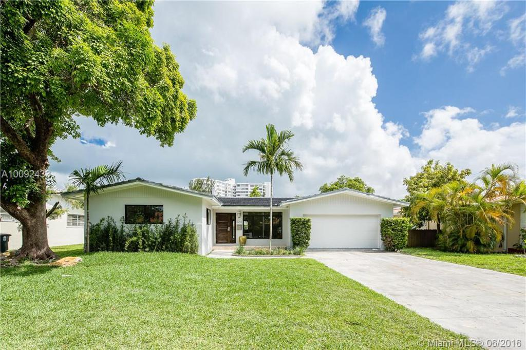 Photo of home for sale at 2210 121st St NE, North Miami FL