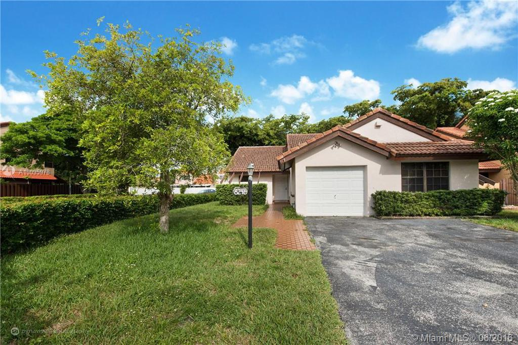 Photo of home for sale at 6246 127 Pl SW, Miami FL