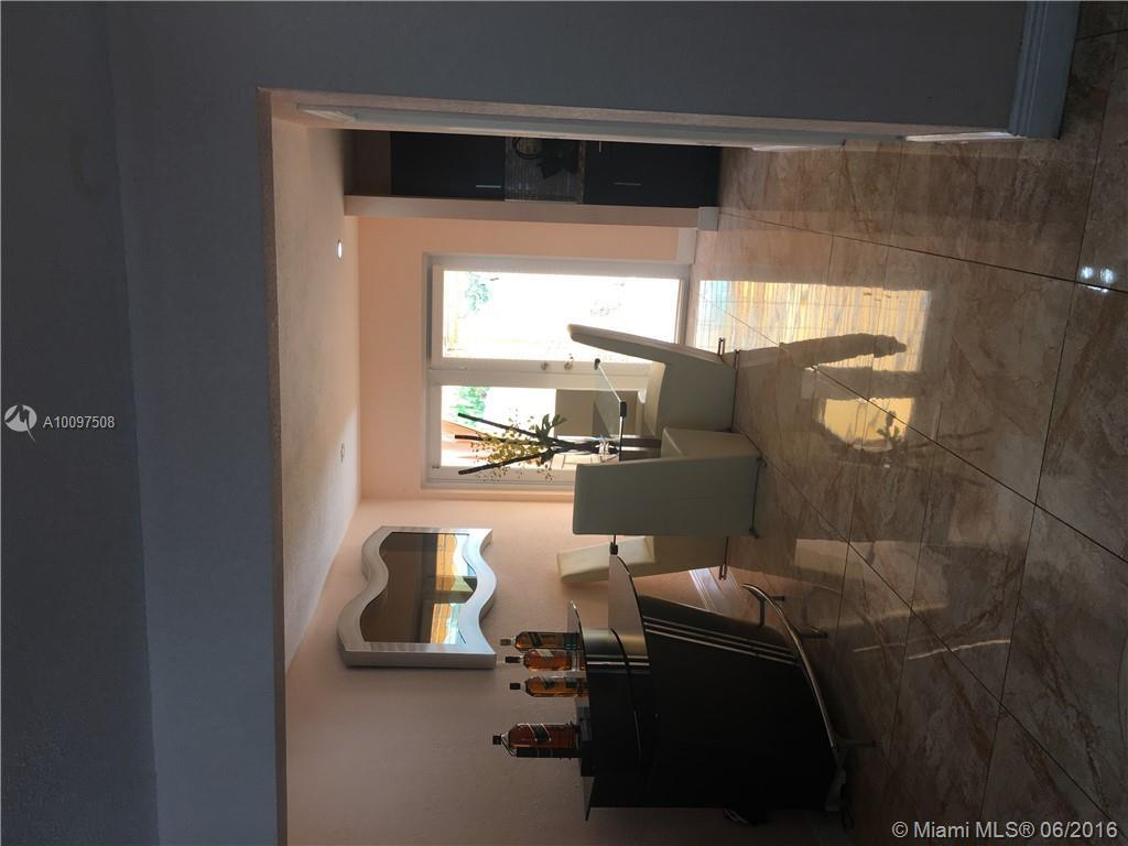Photo of home for sale at 8565 109th Ave SW, Miami FL