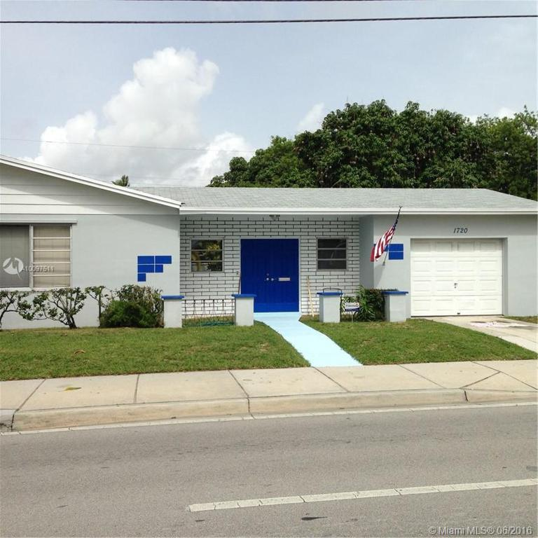 Photo of home for sale at 1720 87th Ave SW, Miami FL