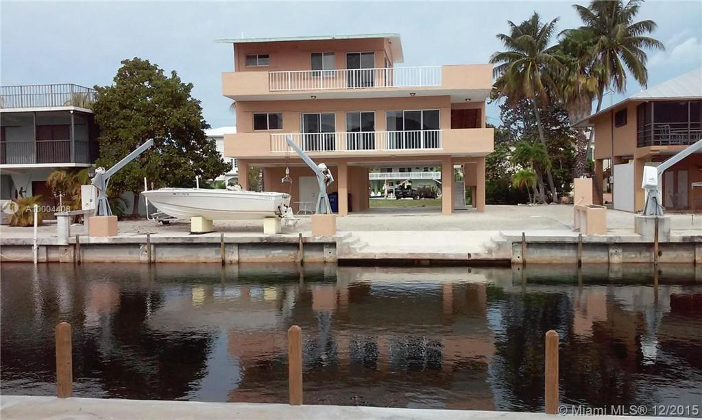 Photo of home for sale at 113 MADEIRA, Other City - Keys/Islands/Caribbean FL