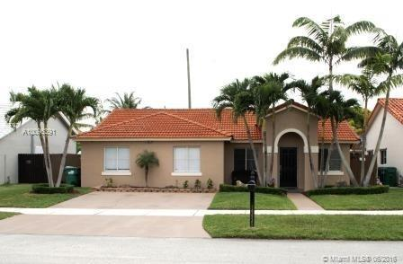 Photo of home for sale at 14435 167th Ter, Miami FL