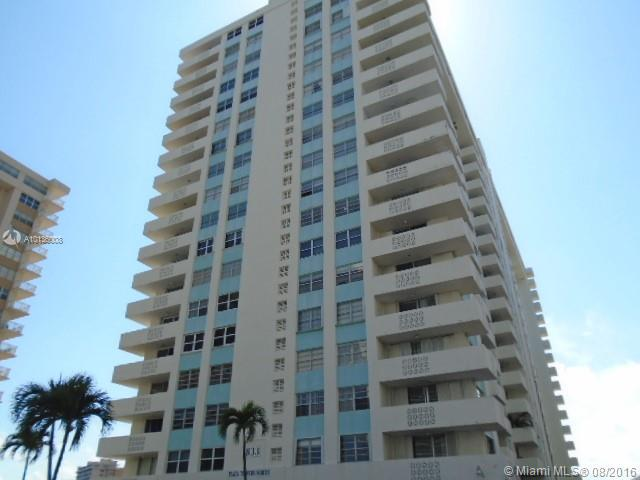 Photo of home for sale at 1833 Ocean Dr, Hallandale FL