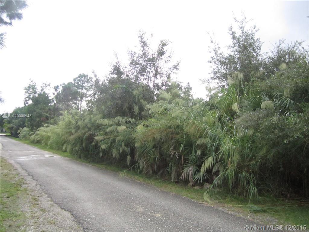 Photo of home for sale at 170 ST 162 AV SW, Miami FL