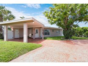 Property for sale at 231 SE 9th Ct, Pompano Beach,  Florida 33060