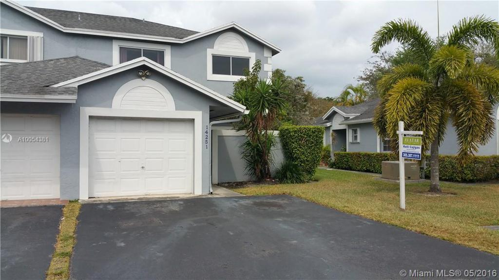 Photo of home for sale at 14251 96th Ter SW, Miami FL