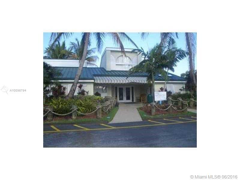 Photo of home for sale at 4095 nw 87th ave NW, Sunrise FL