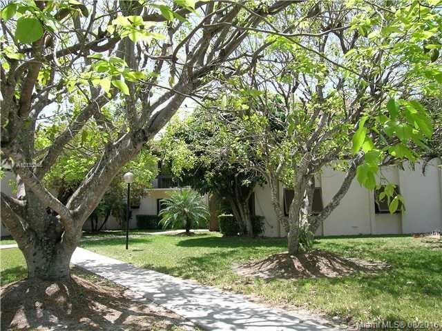 Photo of home for sale at 7915 86th St, Miami FL