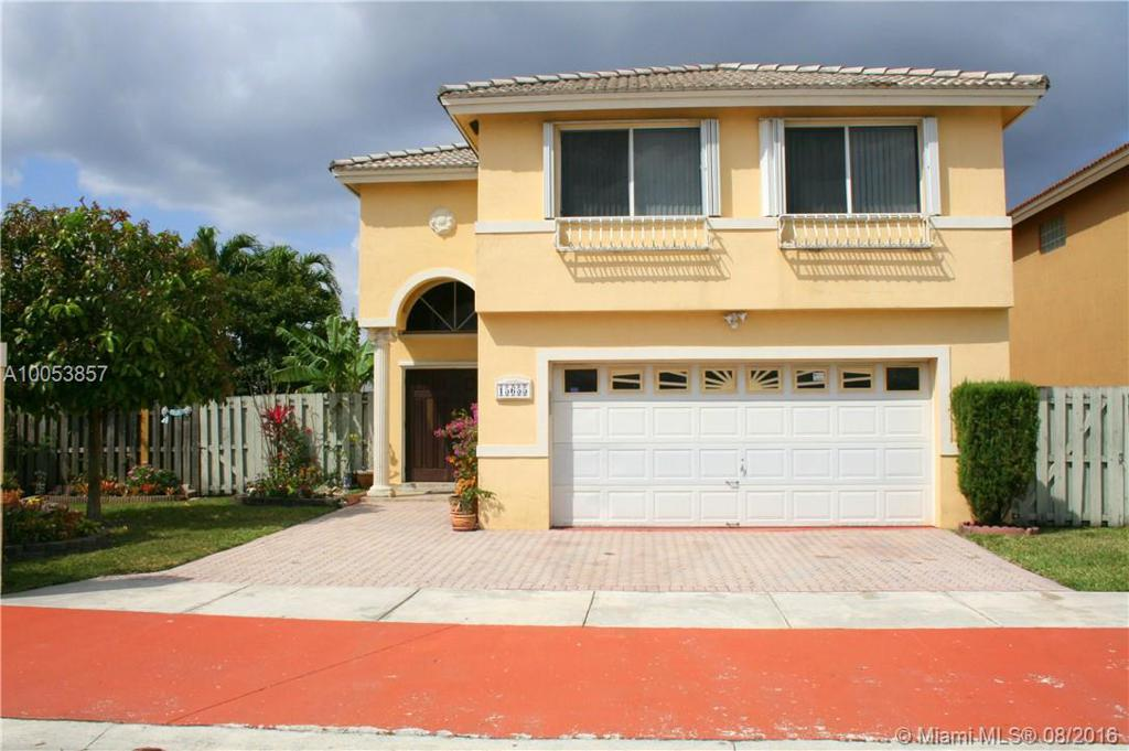 Photo of home for sale at 15655 90th Ter SW, Miami FL