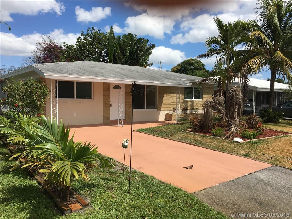 Photo of home for sale at 101 45th St NE, Oakland Park FL