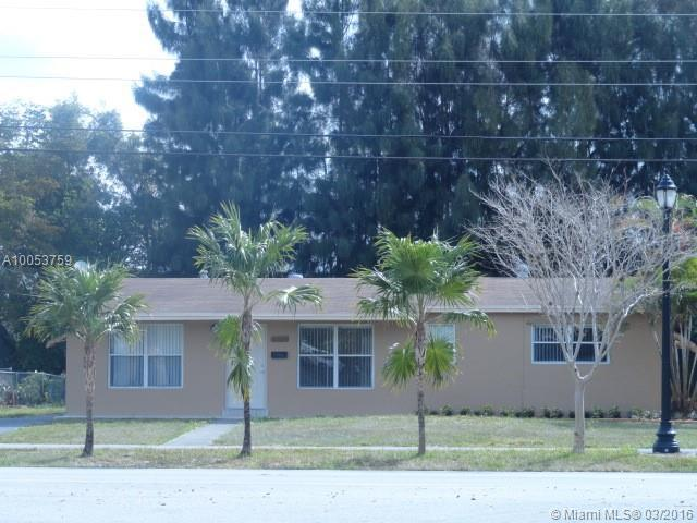 Photo of home for sale at 1770 61st Ave NW, Sunrise FL