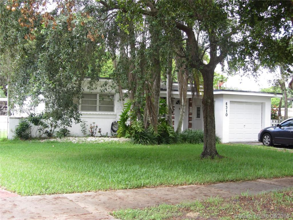 Photo of home for sale at 6310 19th Ter SW, Miami FL