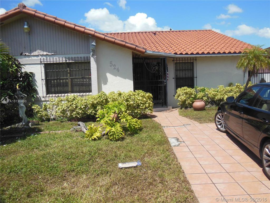 Photo of home for sale at 524 99 PL SW, Miami FL
