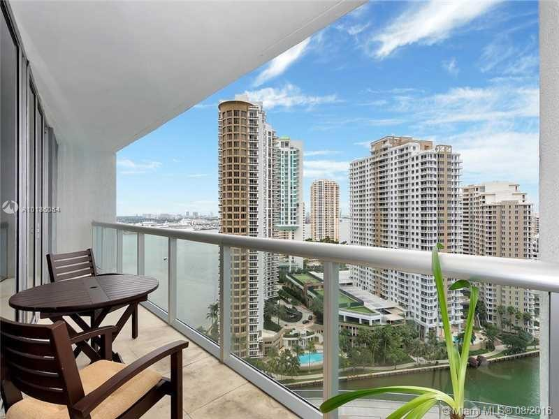 Photo of home for sale at 475 Brickell Ave, Miami FL