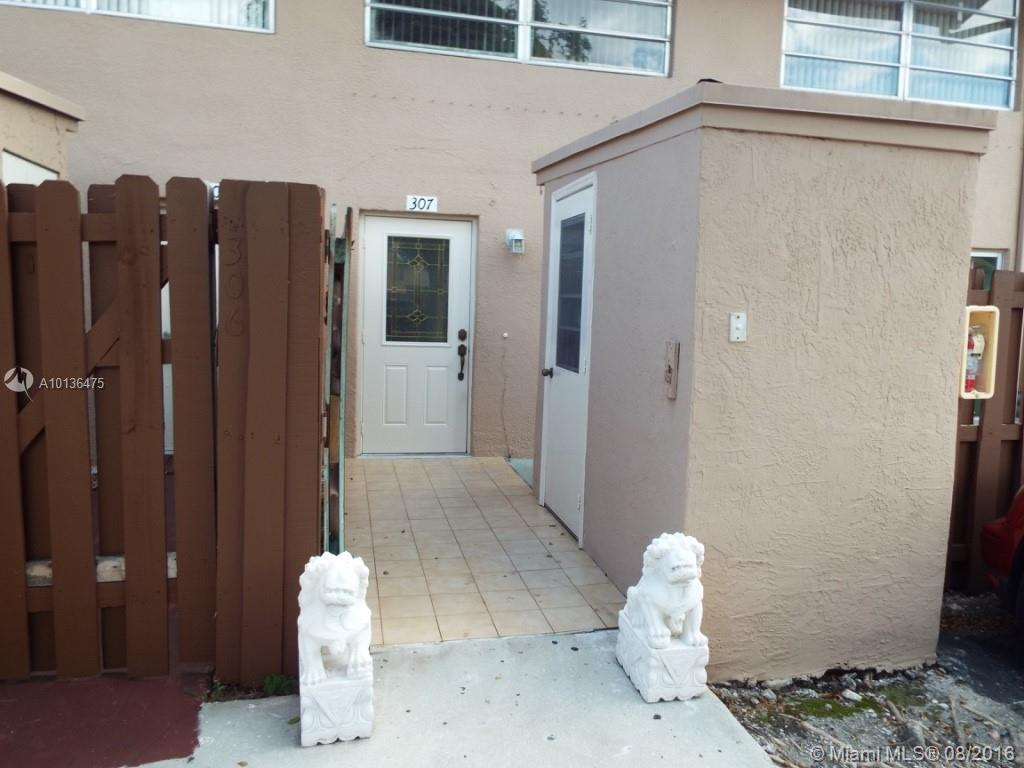 Photo of home for sale at 8440 154th Circle Ct, Miami FL