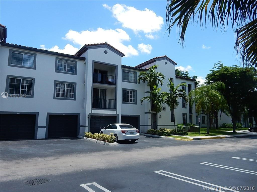 Photo of home for sale at 4460 107th Ave NW, Doral FL