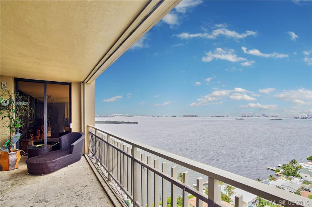 Photo of home for sale at 11111 Biscayne Blvd, Miami FL
