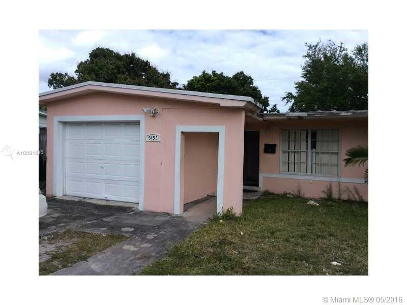 Photo of home for sale at 5495 12th Ln W, Hialeah FL