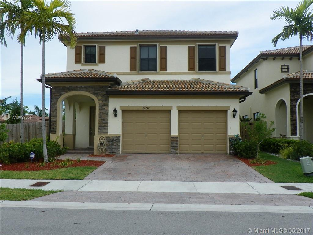 Photo of home for sale at 22739 92nd Pl SW, Cutler Bay FL
